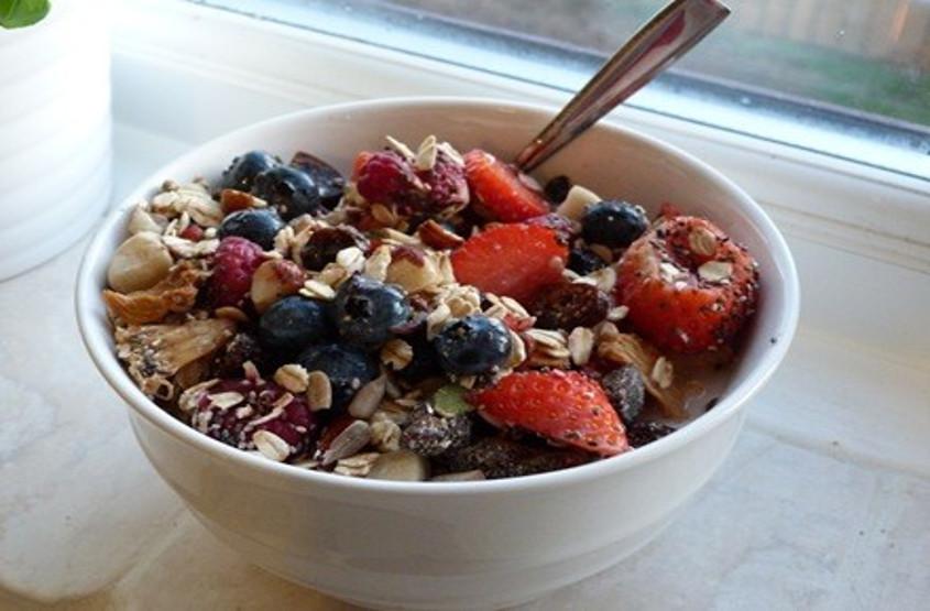 Muesli-with-Mixed-Berries
