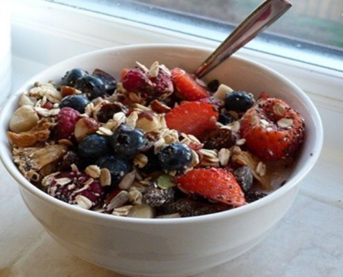 Muesli-with-Mixed-Berries